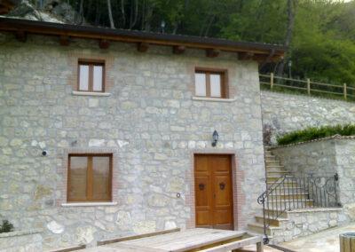villaggio-ristoro-la-cascata-quadri-mini-appartamenti-4